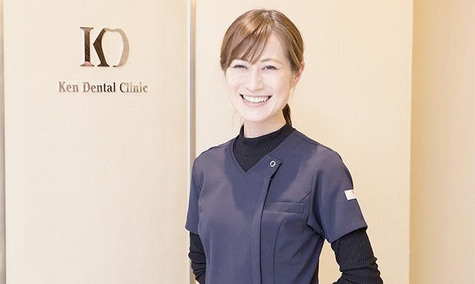 口腔外科医安藤